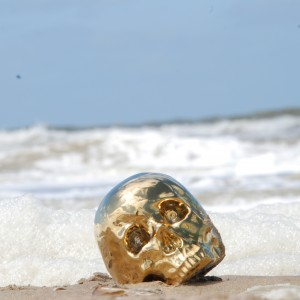 SELETTI-SKULL-LIMITED-EDITION-GOLD